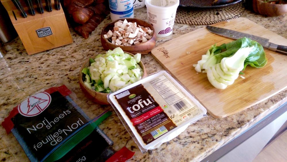 veggie-prep-for-vegan-miso-soup
